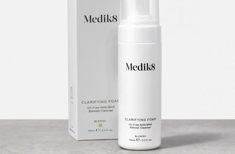 The Medik8 Clarifying Foam Review (Best Cleanser For Acne?)