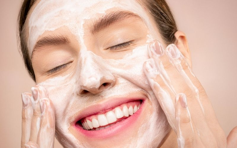 Should You Wash Your Face Every Day