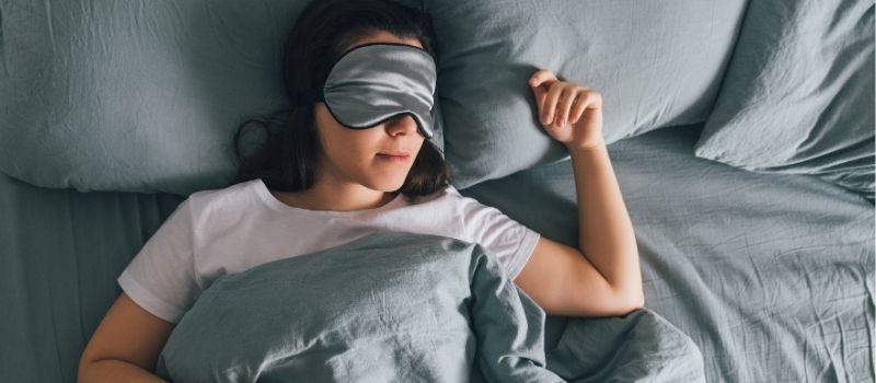 sleep well to avoid aging